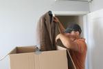 преместване на дрехи с дрехарка по поръчка