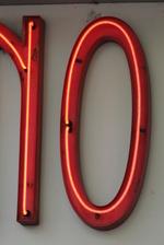 Рекламни светещи обемни букви