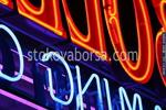 Изработка и монтаж на рекламни обемни светещи букви