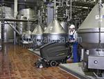 машинно почистване на естествени подови настилки